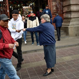 Lisa handing out tracts_DSC0519